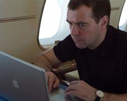 Архангельские чиновники входят в Интернет постепенно
