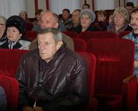 Руководство УМВД встретилось с родителями погибших сотрудников