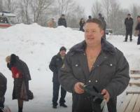 Ярославские полицейские искупались в проруби