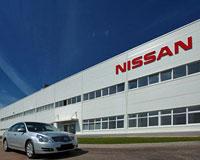 Nissan останавливает заводы в США и Мексике