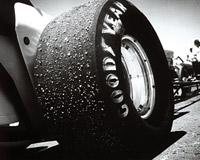 Goodyear разработает самоподкачивающиеся шины