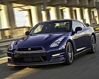 Суперкар Nissan GT-R стал мощнее
