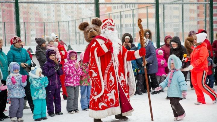 Елка для счастливых жителей Краснообска