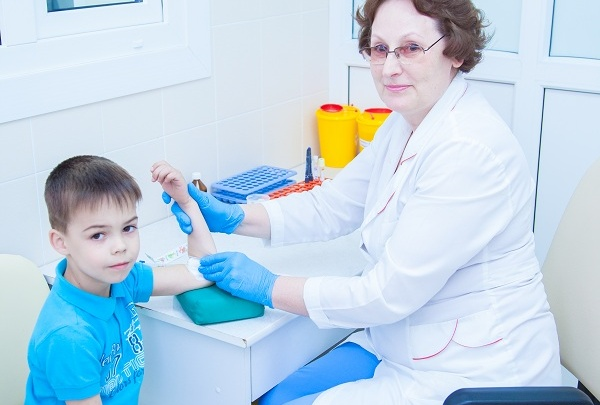 Лаборатория ЦНМТ проверит кровь на большой скорости