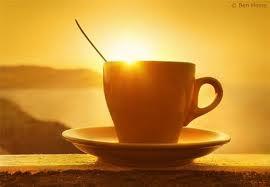 Чашка ароматного кофе по утрам и бесплатная кофемашина впридачу!