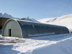 Неужели строительство ангара зимой может быть выгодно?