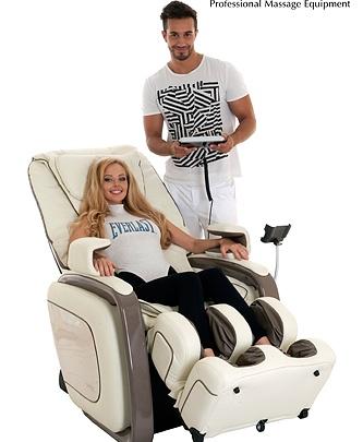 Массажные кресла со скидкой 20% в «Ройял Парке»